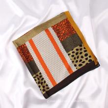 Low MOQ Luxury Leopard Satin Silk Scarf Fashion Ladies Summer Sunscreen Neck Scarves