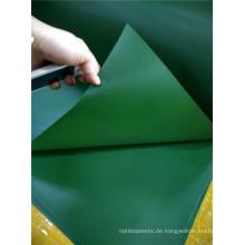 Weihnachtsbaum, der PVC-Film-steife PVC-Rolle verziert