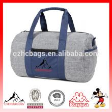 A mochila esportiva de moda