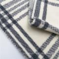 Tela 100% poliéster impresa a cuadros de la ropa del paño grueso y suave polar