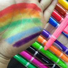 Crayons de peinture pour le visage