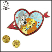 Cartoon Heart enamel pin odznaka