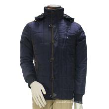 Coincide con la chaqueta al aire libre con capucha gruesa clásica del guisante del Mens