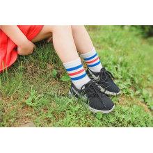 Belle école robe coton chaussettes fille coton chaussettes populaire en gros