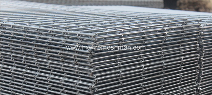 Galvanised wire mesh fence panels