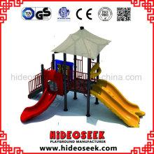 Vorschulspielplatz-Ausrüstung im Freien