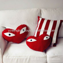 2015 New arrival 100% cotton heart shaped paster eyes red sofa pillow