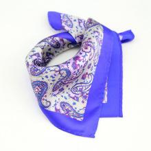 Lenço de poliéster colorido de alta qualidade para venda
