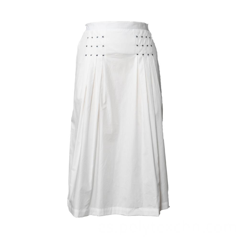 Fashionable Female Skirts