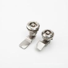 Durable à l'aide d'une serrure électronique à combinaison poussoir