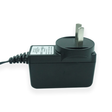 Adaptador de corriente alterna de 12V 1.5A Ac 50 / 60hz