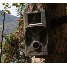 Günstige versteckte versteckte Spiel-Kamera 12MP im Freien mit schwarzem Blitz HC300A