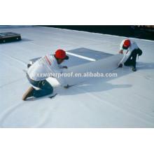 Instalación de techos de membrana TPO