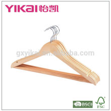 Set of 3 wooden hangers for clothes in dispaly carton