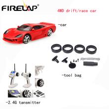 Nuevo juguete teledirigido de los coches modelo 2.4G