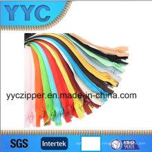 # 3 cremalleras de nylon para el uso de ropa Multible
