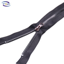 Made in China superior quality custom plastic zippers