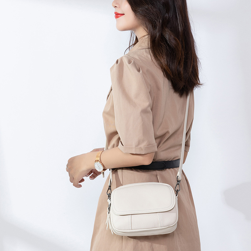 ladies white shoulder bags