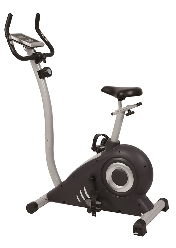 Manual elliptical trainer