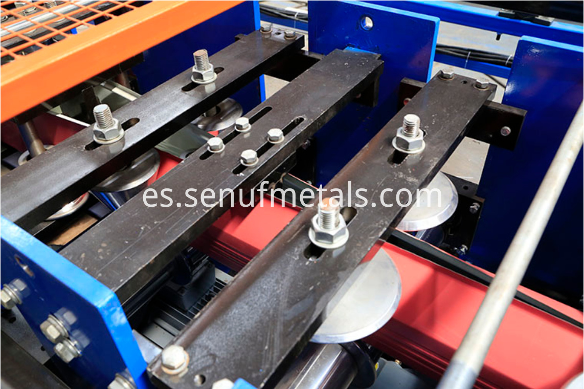 Downspout pipe forming machine rollers 1