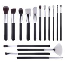15Acheter un ensemble de pinceaux de maquillage pas cher