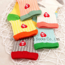 Wholesa; Chaussettes de bonne qualité E avec Embrodiery bébé coton