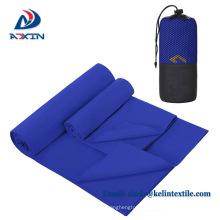 2018 custom microfiber zipper sport towel with pocket