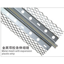 Metal mesh with expansion plastic strip