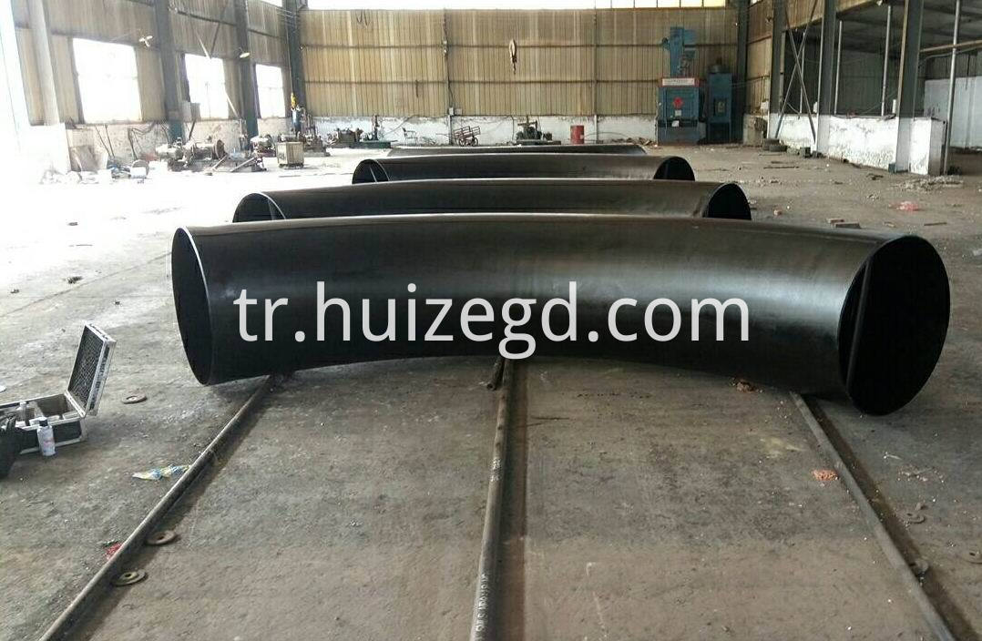bending steel pipe