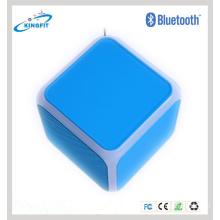 В3.0 светодиодные мини-динамик Bluetooth с FM-спикер