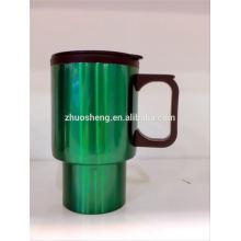 tasse de café en gros grès avec Grand Anse, changeant de tasse de couleur de l'eau chaude