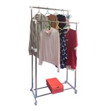 Kleiderständer für den täglichen Gebrauch im Haushalt