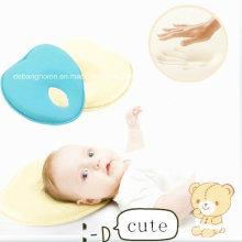 Almofada de bebê em forma de coração 2014