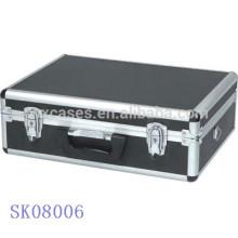 Schwarze Aluminium BBQ Werkzeugkoffer mit abgerundeten Ecken
