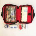 Emergência ao ar livre do kit de primeiros socorros da conversão da sobrevivência para o carro