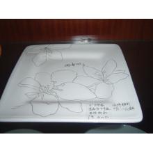 Plaque carrée en céramique avec motif peint à la main