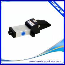 Válvula de pie neumática del aire de la aleación de la serie de K 5 manera o válvula de gas de 3 vías