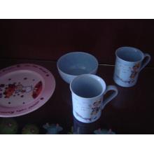 Keramik-Frühstück-Set mit Abziehbilddruck