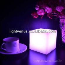 Chine Cube de couleur de lumière de table de changement de couleur de LED de Manufactuer vivant