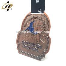 Médaillon personnalisé en métal de judo en cuivre antique avec ruban