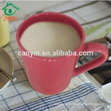 2015 taza de té de cerámica barata grande al por mayor de la manera con la insignia