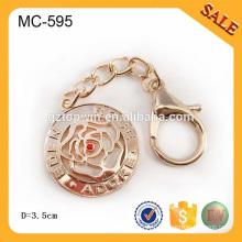 MC595 Factory Supply Gold Color Metal Grande étiquette de chaîne pour Handnag Metal Chain logo Avec Hook