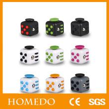 Foco de treinamento 6 Lados Aliviar Stress Fidget Cube para Fidgeters Fidget Dice Anti-ansiedade Toy para Crianças e Adultos