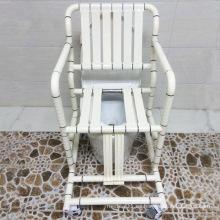 Cómoda silla y silla de baño con respaldo