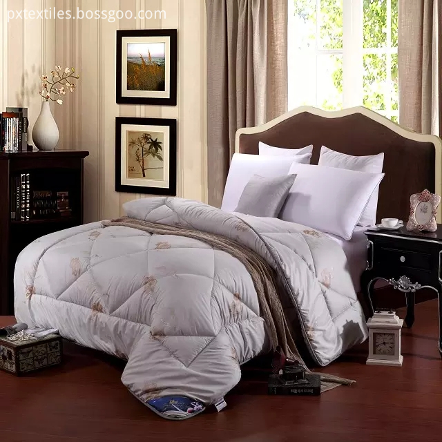 King Coverlets and Quilts