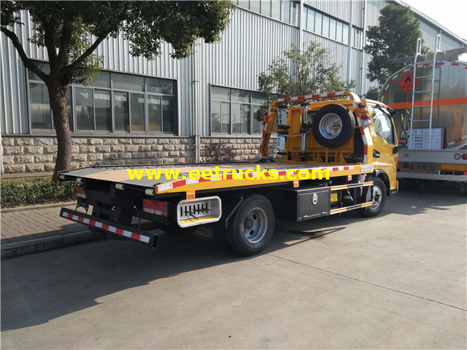 Flatbed Car Towing Vehicle