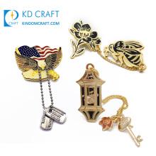 Wholesale personalized custom metal hard enamel zinc alloy elegant lapel pin badge with chain