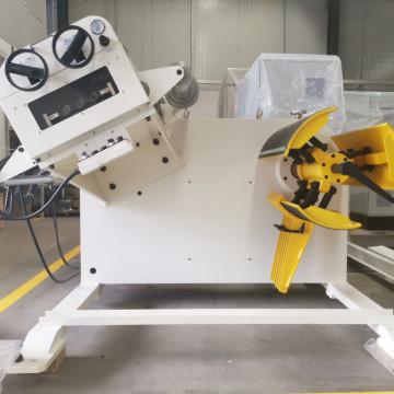 Decoiler Straightener Machine