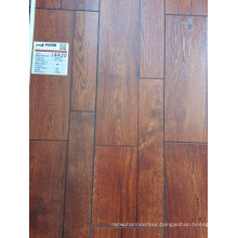 Synchronized Embossed Wax Cover HDF Black Painting Bevel Laminate Flooring