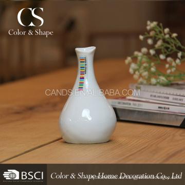 Florero de cerámica blanco de precio bajo en buena calidad